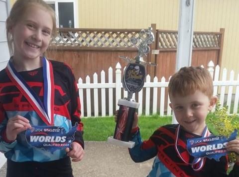 bike fundraising - Geoffrey and Klara Worlitz